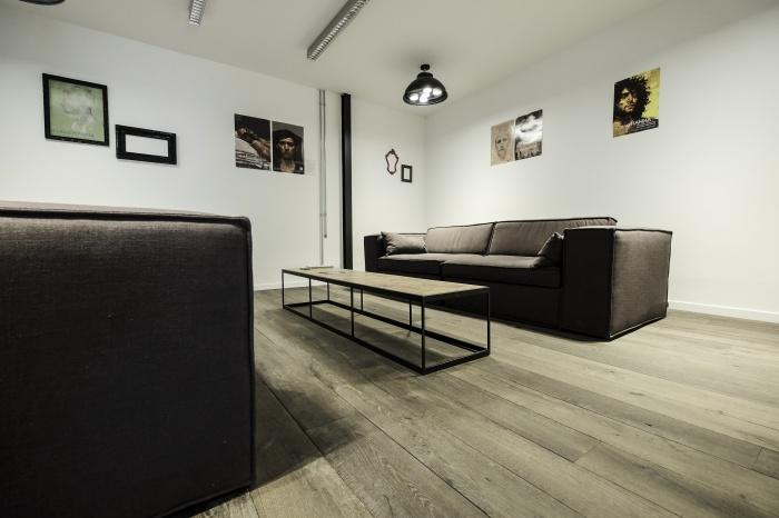 Aménagent du nouveau siège social d'une agence de Design Global : salon clients