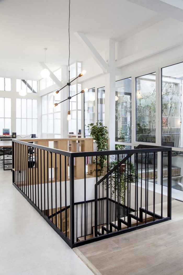 Rénovation de bureaux et création d'un studio de post-production : CRM-BBD20bis