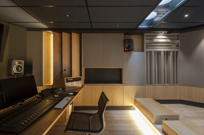 Rénovation de bureaux et création d'un studio de post-production : CRM-BBD_8119