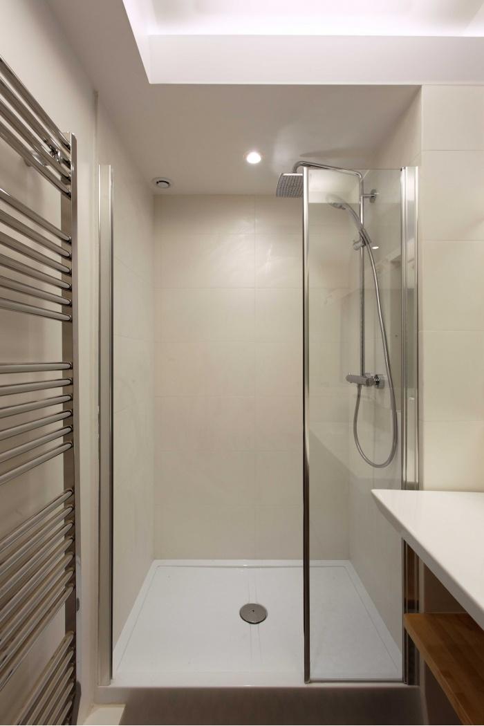 Restructuration complète d'un appartement Haussmannien : 090-banville-réception_4846_DxO