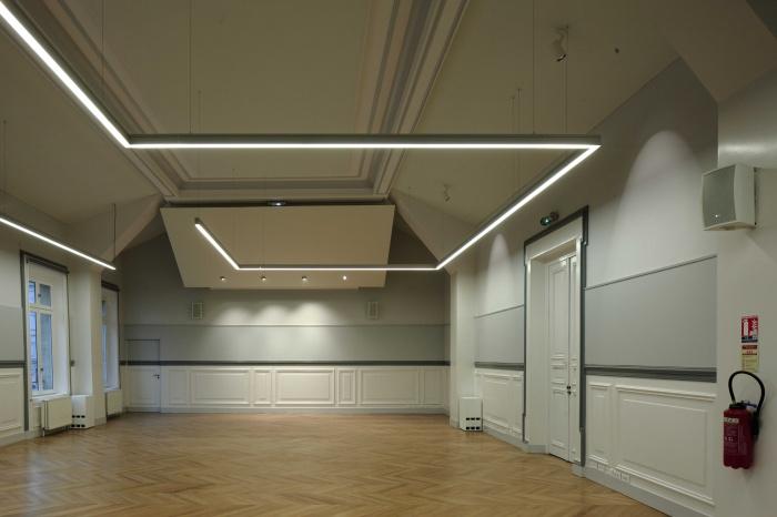 Salle polyvalente dans un lycée parisien : zMG_7289Salle-Colbert-matin
